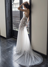 Wonderful Tulle Spaghetti Straps Neckline A-line Wedding Dress With Lace Appliques & Handmade Flowers & Beadings (WWD46813)