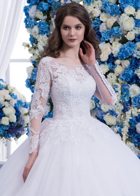 Wonderful Tulle Scoop Neckline Natural Waisltine Ball Gown Wedding Dress With Lace Appliques & Beadings (WWD71113)