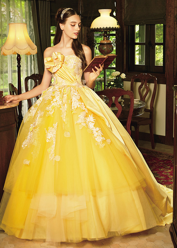 Fascinating Tulle & Satin Strapless Neckline Ball Gown Quinceanera Dress With Lace Appliques & 3D Flowers & Beadings (SOD20236)